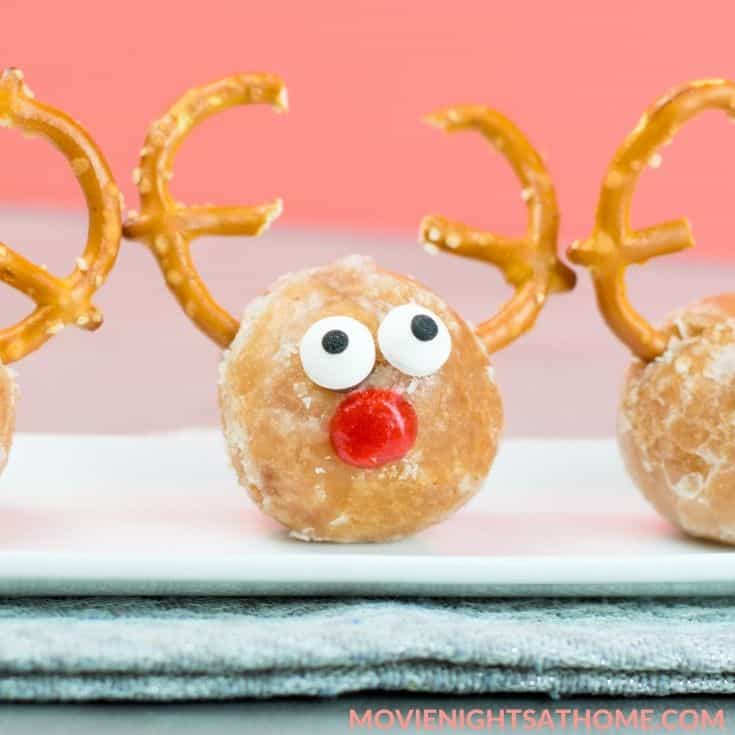 putting on the nose completes these cute Christmas treats!