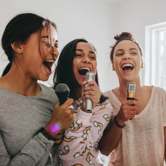 sleepover karaoke