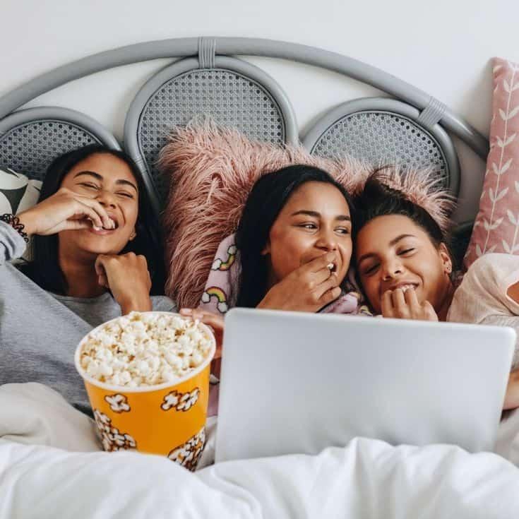 girls watching sleepover movies