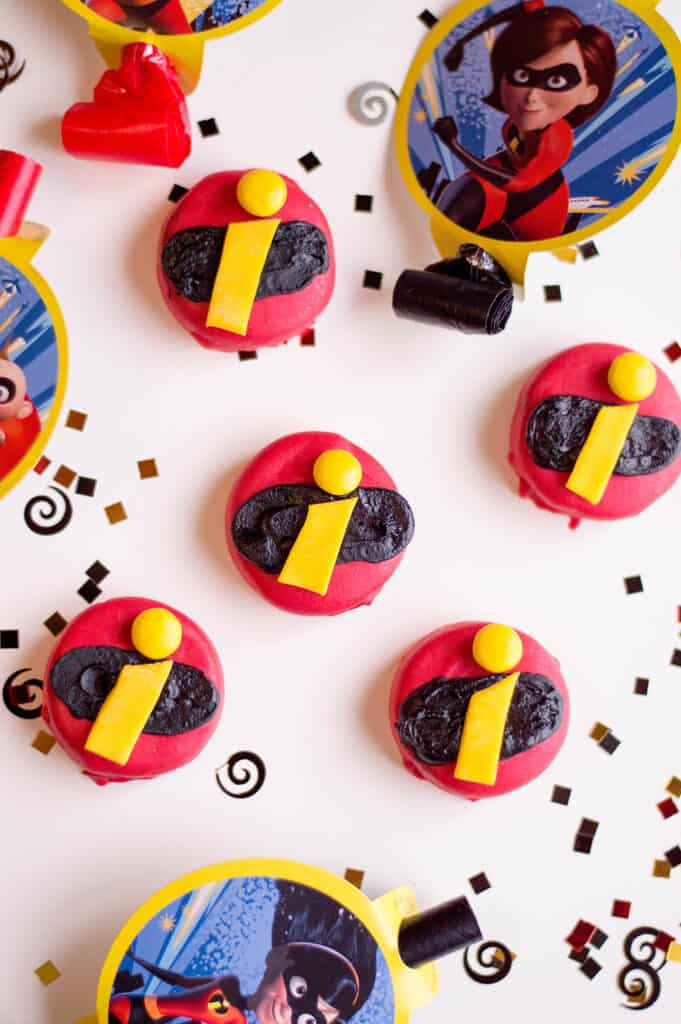 incredibles logo snack treats for kids