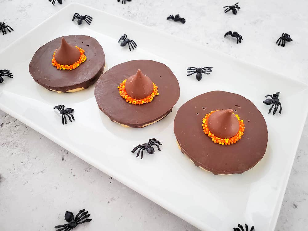 3 harry potter witch hat cookies