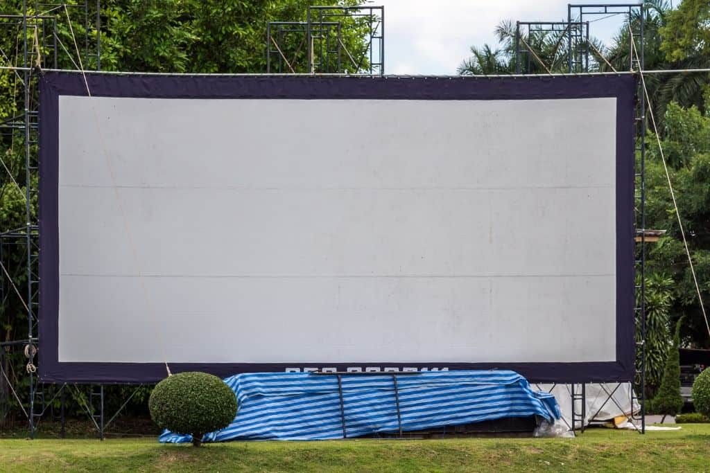 outdoor movie screen for a school movie night